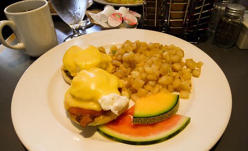The Pen Cafe - Eggs Benny