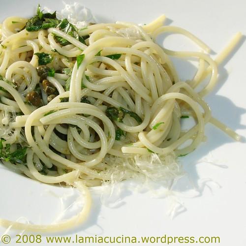 Spaghetti ai capperi e limone