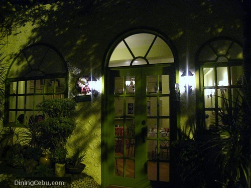 Dove Street, Cebu restaurant