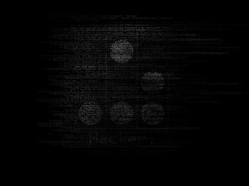Pues bien, el símbolo de los hacker es uno de los patrones que hay en el juego, están los patrones estáticos, osciladores y naves que recorren el mundo. Una de las naves es el glider o deslizador, que es el patrón más pequeño que se desplaza.  Y más o menos eso es todo, os muestro un dibujo del glider donde podeis ver las moleculas vivas en negro y las muertas en blanco.