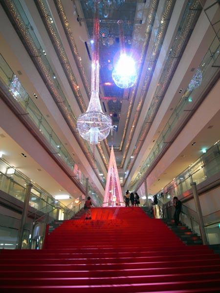 表参道ヒルズ 2008年クリスマスツリー 1