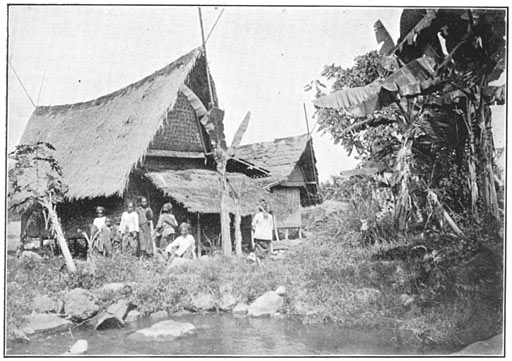 House traditional Philippine old pictures photograph black and white Philippines Buhay Pinoy Filipino Pilipino  people photos life Philippinen