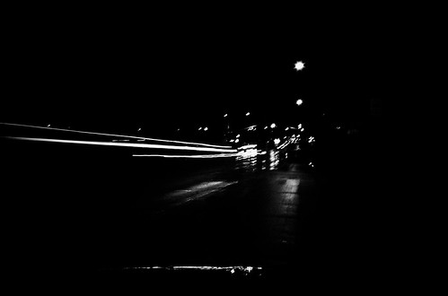 2009 Challenge, day 46 B&W: Lights Streaks