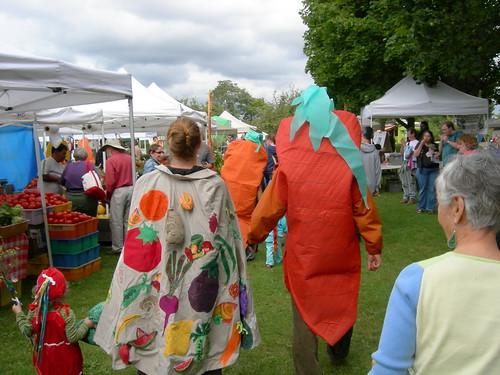 Seattle Tilth Harvest Fair Parade 2007