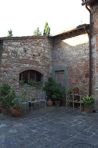 Fattoria Settemerli Courtyard