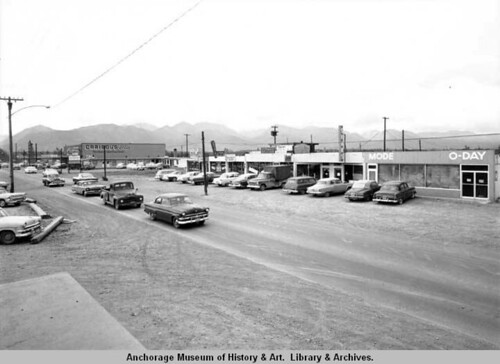 Looking east on Palmer Hwy., todays Mt View Dr in 1958.  Ward W. Wells photo.