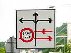 Organisation de carrefour by zigazou76, on Flickr