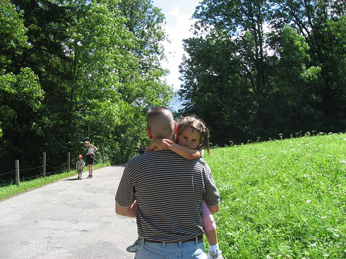 Doug carrying Alyssa up to the gorge entrance