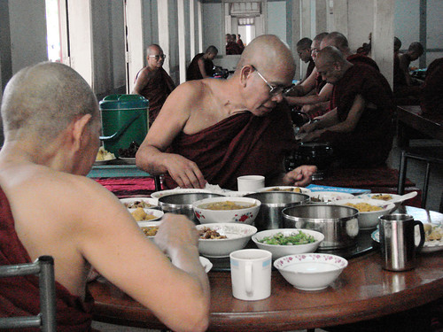 Los monjes senior.