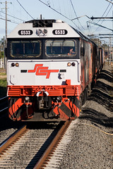 SCT owned G533 works through Leightonfield at the head of a QRNational Melbourne to Brisbane Service