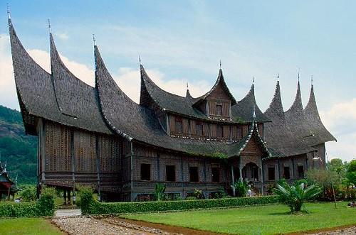 Rumah Adat Minang