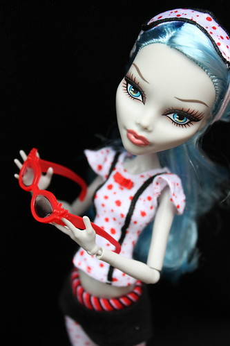Monster High: Dead Tired Ghoulia