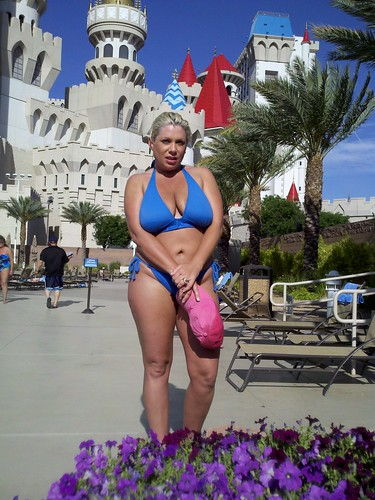 Excalibur Pool Las Side Vegas