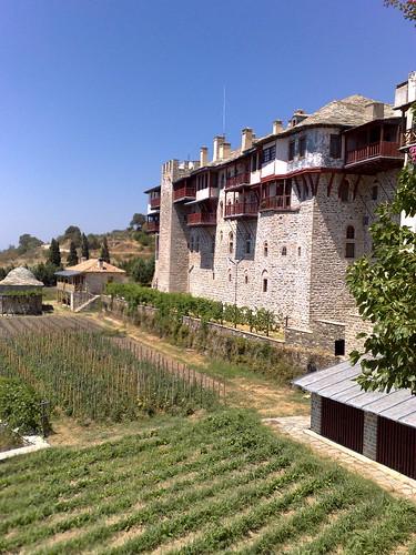 Gardens and front wall - Xeropotamou