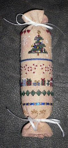 This Is Christmas Needle Roll