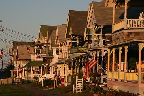 2008-08-22-MV-trip-gingerbread-houses