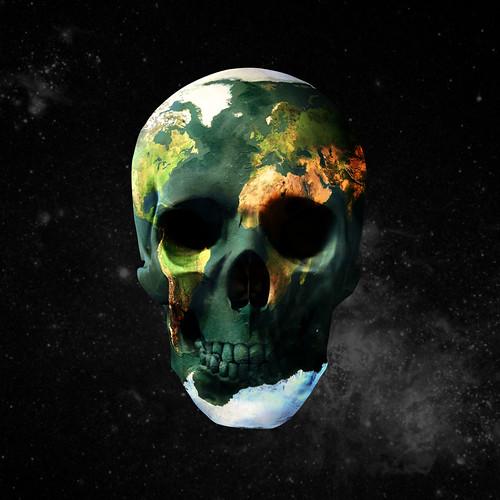 Earth Is Dying by Sebastian Niedlich (Grabthar).
