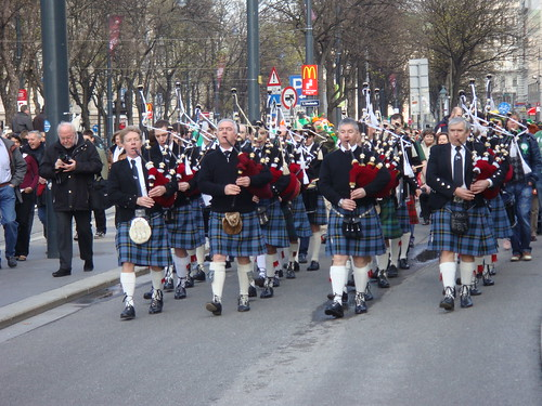 Pipers Parade V