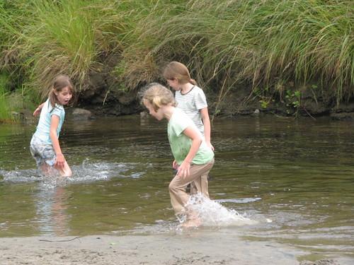 3 girls at creek
