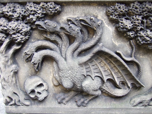 Hydra and skull on Tradescants sarcophagus.