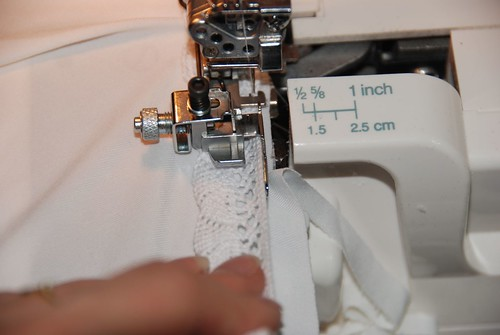 Lace attachement serger foot
