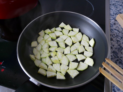 Pasta al huevo con nata, carne y calabacín (3/6)