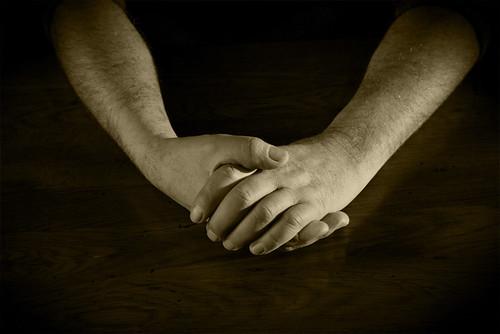 mains/hands
