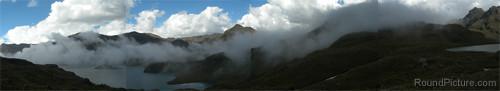 Ecuador - Parque Nacional Cajas - Mist Trail Panorama