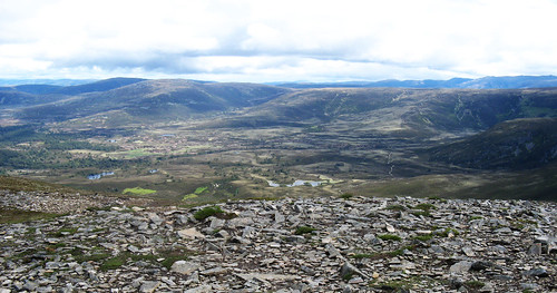 Meall a' Bhuachaille summit view north
