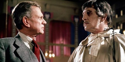 Joseph Cotten and Vincent Pricein The Abominable Doctor Phibes. por ti.
