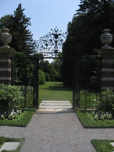 Looking down Allee from Walled Garden