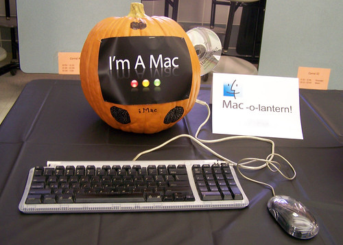 Have a geeky Halloween!