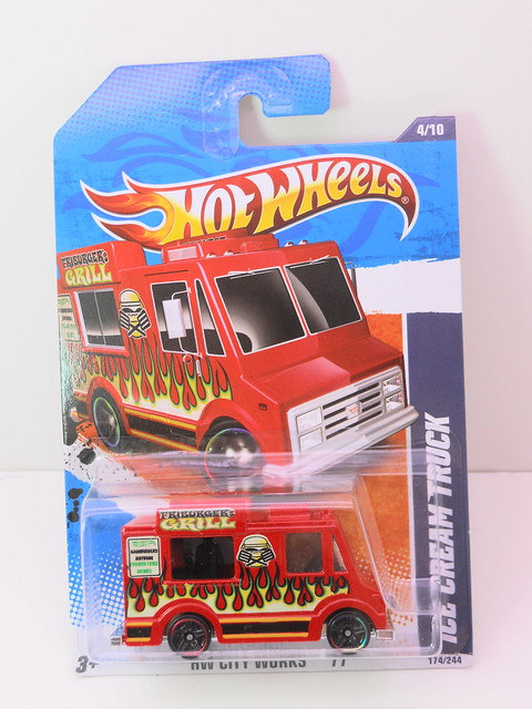 hot wheels ice cream truck red (1)