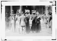 Women Voters Frisco - Registering shop girls &...