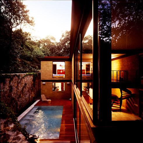 2547983806 2be8d60662 Casa Aquino by Augusto Fernandez Mas