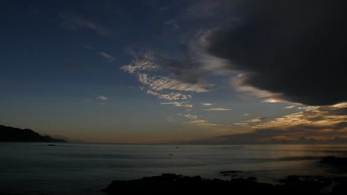 49.日出染白了雲朵 (4)