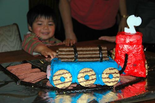 Choo Choo Cake Cake!