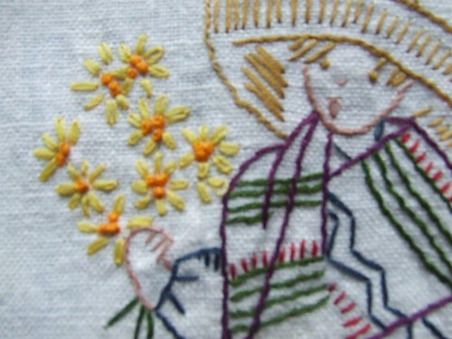 boy/daisy chain close up