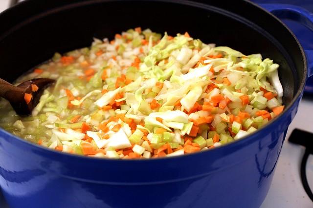 veselka's cabbage soup