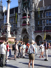 Starting our hike on the Marien Square in Munich