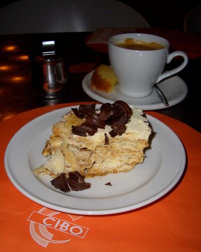 Coffee Americano & Tiramisu