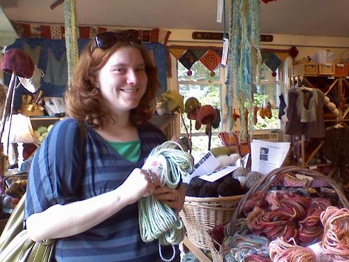 jessie in yarn in the.farm