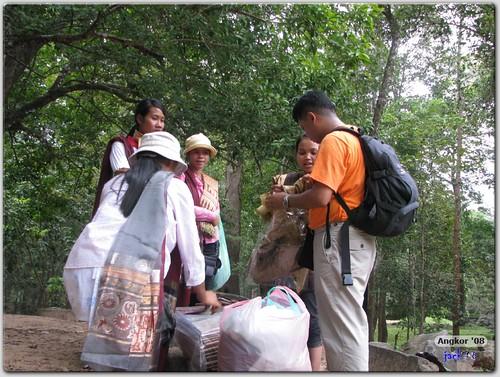 Phimeanakas - Bargaining for scarf