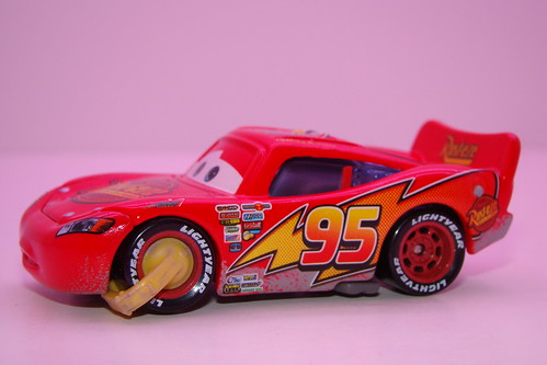 Disney CARS Chase impound McQueen loose