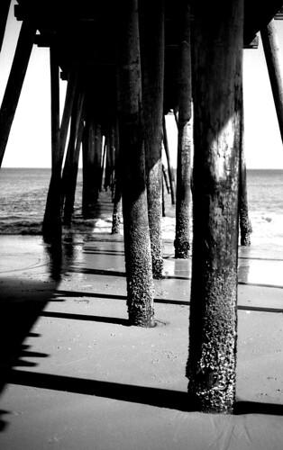 Pier. (Kodak Plus-X 125. Nikon F100. Epson V500.)