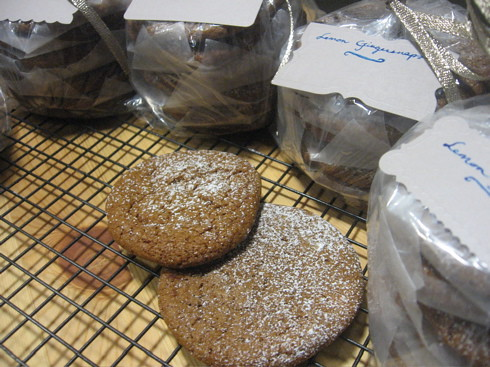 Lemony gingersnaps