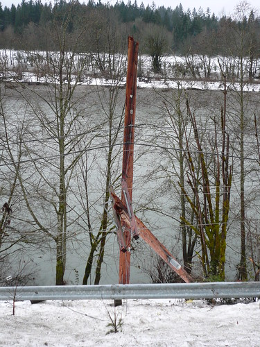 Power company at work by Washington State Dept of Transportation.