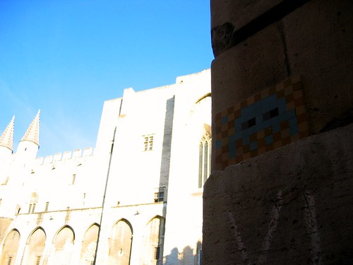 Space Invader in Avignon, in front of the Palais de Pape.