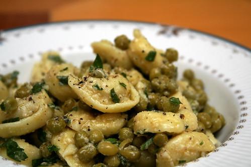 Tortellini & Green Pea Salad