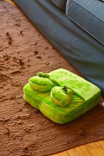 little froggy, foot lover